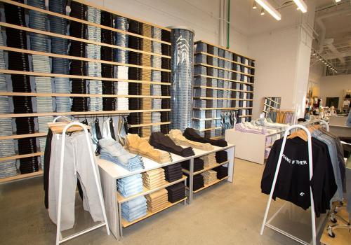 PacSun LA store