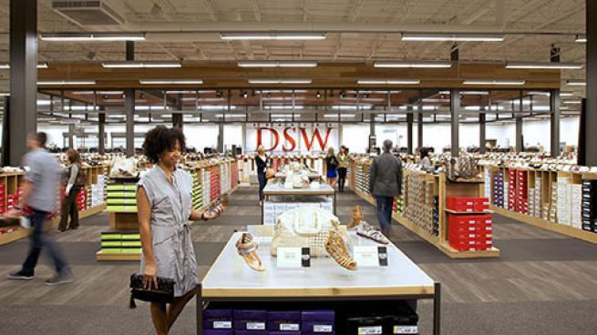 DSW shopper