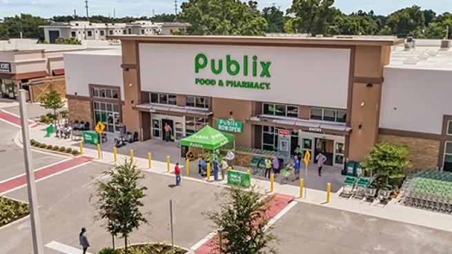 Publix plaza
