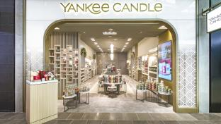Yankee Candle storefront