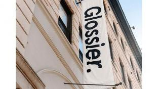 Glossier sign