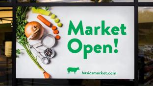 Basics Market sign