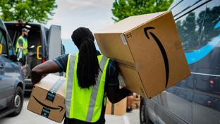 amazon delivery person