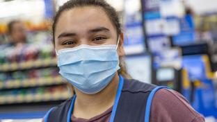 employee wearing face mask