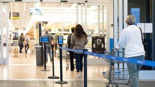 Walmart social distancing