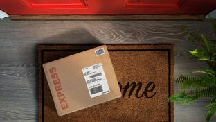 box delivery on doorstep
