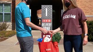 H-E-B campus delivery